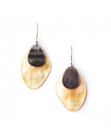 Nature Bijoux - ECHAPPEE BELLE White Mother Of Pearl Hook Earrings